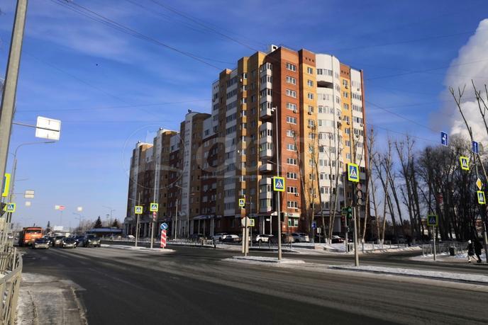 3 комнатная квартира  в районе студгородка, ул. Мельникайте, 55, г. Тюмень