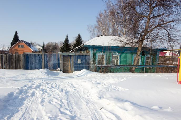 Ветхий дом, в районе Западный, г. Ялуторовск, по Ялуторовскому тракту