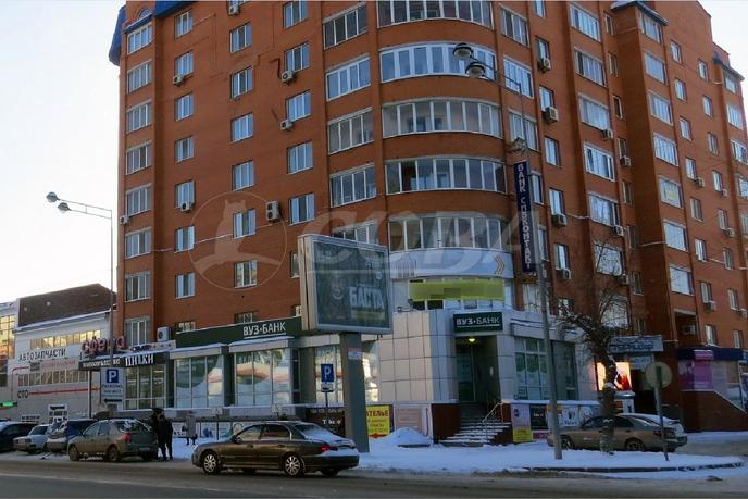 Торговое помещение в жилом доме, аренда, в деловом центре, г. Тюмень