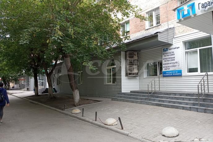 Офисное помещение в жилом доме, аренда, в районе Технопарка, г. Тюмень