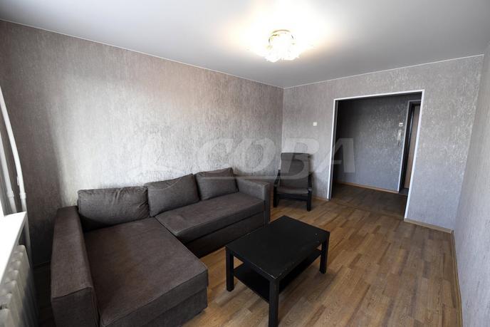 2 комнатная квартира  в районе Драмтеатра, ул. Котовского, 1, г. Тюмень