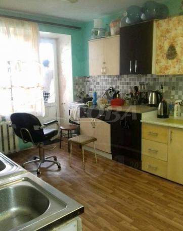 Комната в общежитии в аренду в Южном микрорайоне, ул. Ставропольская, г. Тюмень