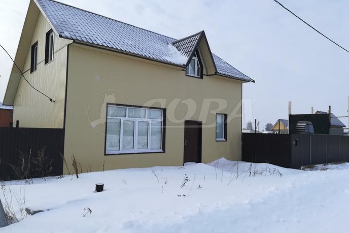 Загородный дом с баней, в районе КП Усадьба Есаулова, д. Есаулова, в районе Старый тобольский