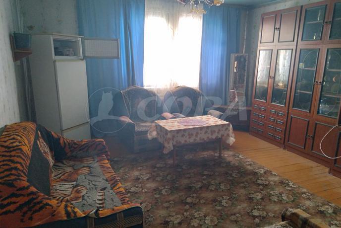 половина частного дома с баней, с. Княжево, по Ялуторовскому тракту