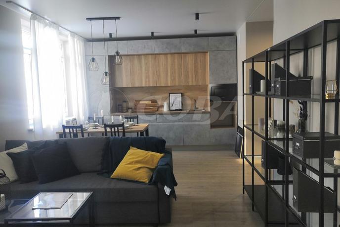 2 комнатная квартира  в районе Взлетный, ул. Ивана Захарова, 7, Квартал