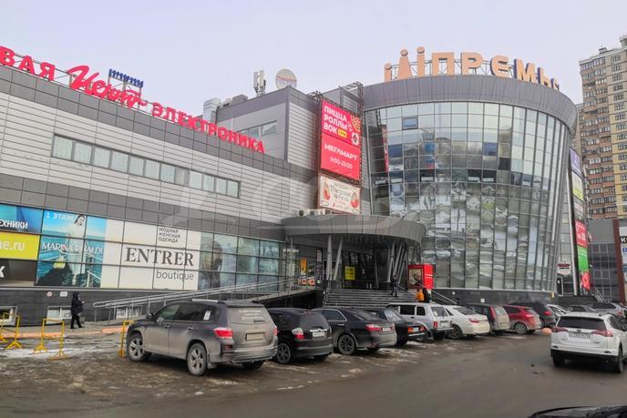 Торговое помещение в торговом центре, аренда, в районе Технопарка, г. Тюмень