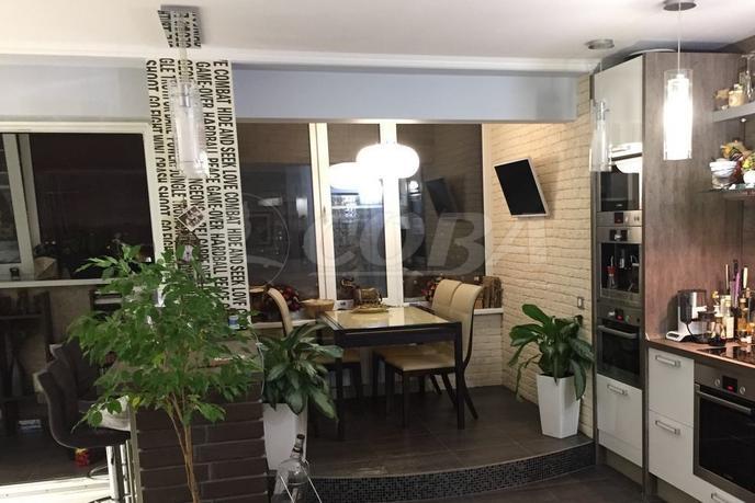 2 комнатная квартира  в районе Энергетиков, ул. Гагарина, 12, г. Сургут