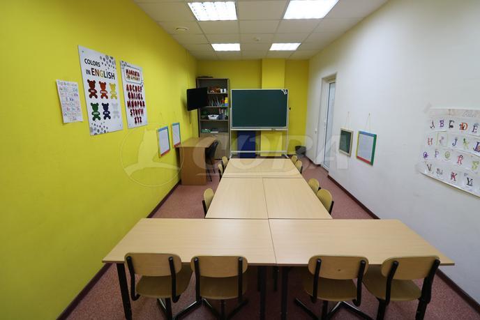 Офисное помещение в жилом доме, продажа, в Тюменском-3 мкрн., г. Тюмень
