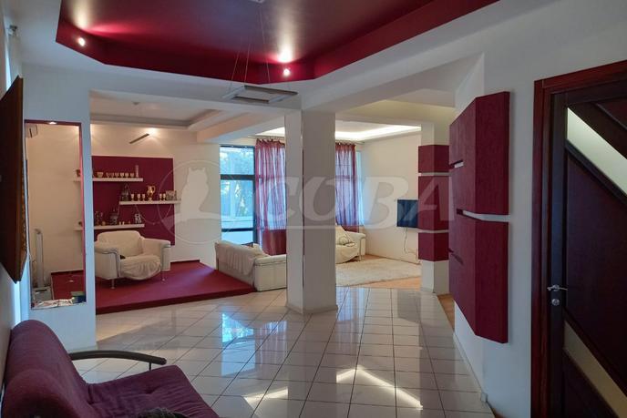 3 комнатная квартира  в районе Бытха, ул. Курортный проспект, 95А, г. Сочи