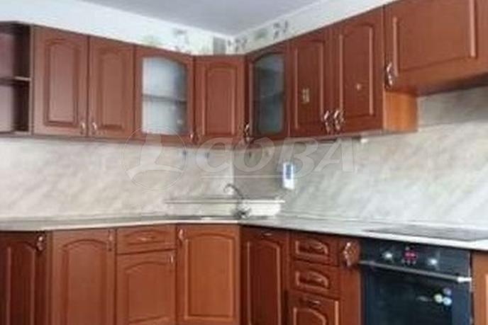 1 комн. квартира в аренду в Тюменском-3 мкрн., ул. Пермякова, г. Тюмень