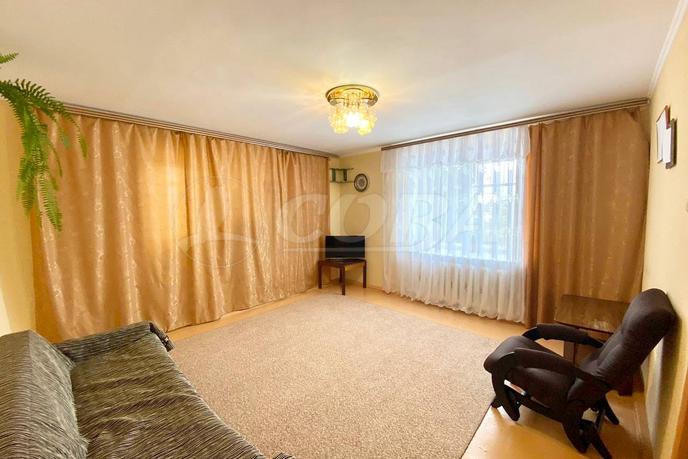 3 комнатная квартира , ул.  Маршала Жукова, 2, с. Каскара