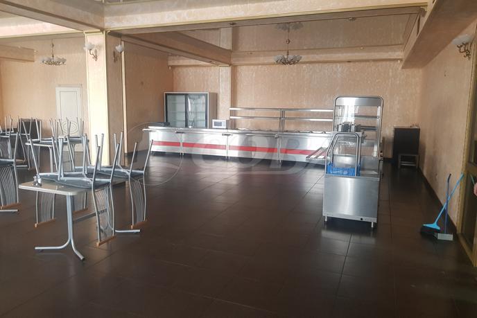 Общепит в бизнес-центре, аренда, в районе Промзона, г. Сургут