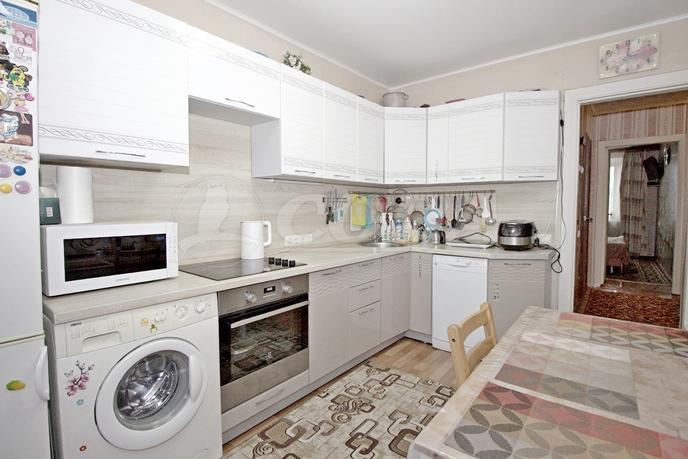 3 комнатная квартира  в районе центральная часть, ул. Пушкина, 6, п. Боровский