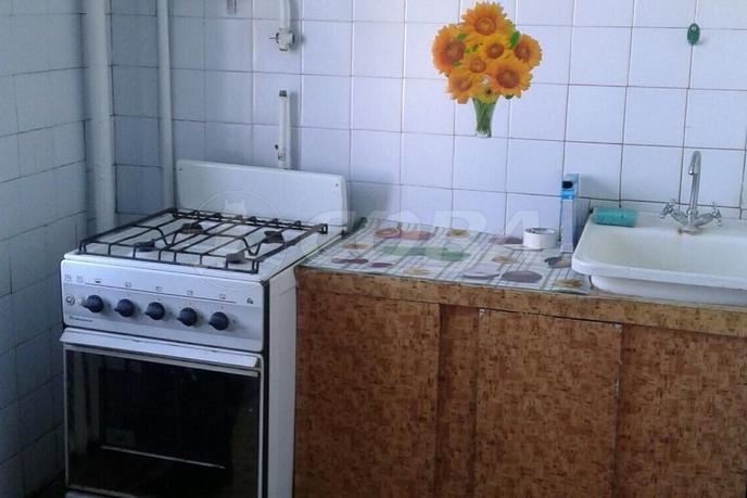 2 комнатная квартира  в центре, ул. Кузнецова, 67, г. Талица