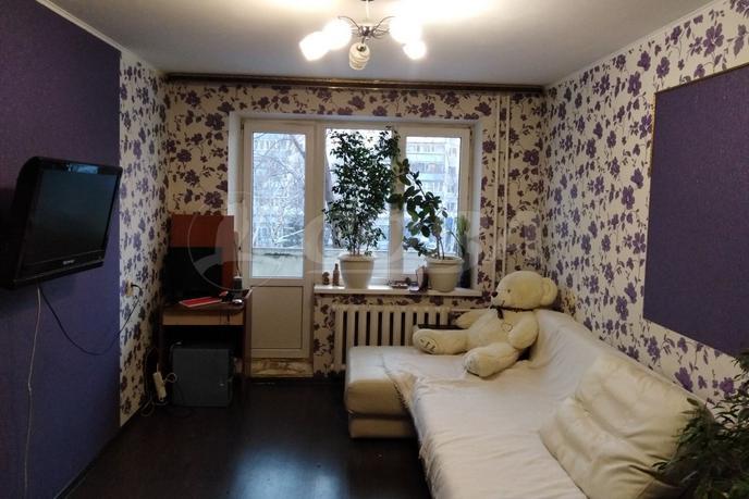 2 комнатная квартира  в Заречном 2 мкрн., ул. Газовиков, 23, г. Тюмень