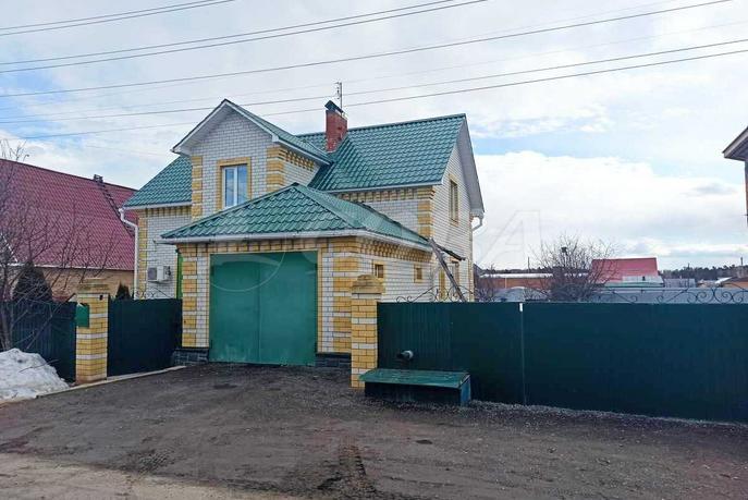 Коттедж, в районе Центральная часть, с. Успенка, по Московскому тракту