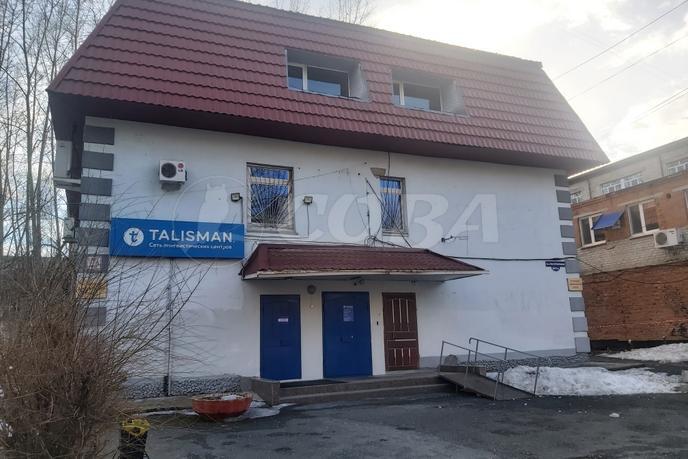 Нежилое помещение в отдельно стоящем здании, продажа, в районе КПД (Геологоразведчиков), г. Тюмень