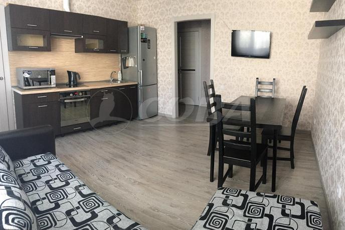 2 комн. квартира в аренду в Заречном 5 мкрн., ул. Мельникайте, г. Тюмень