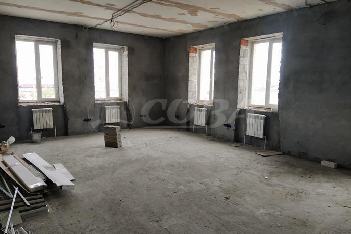 Нежилое помещение в отдельно стоящем здании, аренда, в Восточном мкрн., г. Тюмень