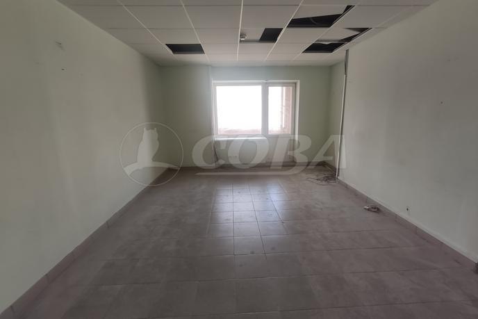 Нежилое помещение, аренда, в районе Центральный, г. Сургут
