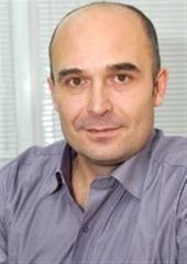 Специалист по продаже квартиры Зырянов Денис