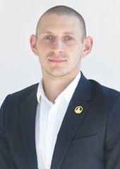 Специалист по продаже квартиры Чащин Дмитрий
