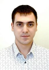 Специалист по продаже квартиры Змеев Роман